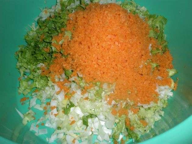 Lechuga y zanahoria picada